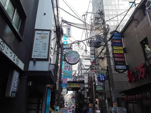 ゲイタウンとして知られる大阪・堂山町を訪れた