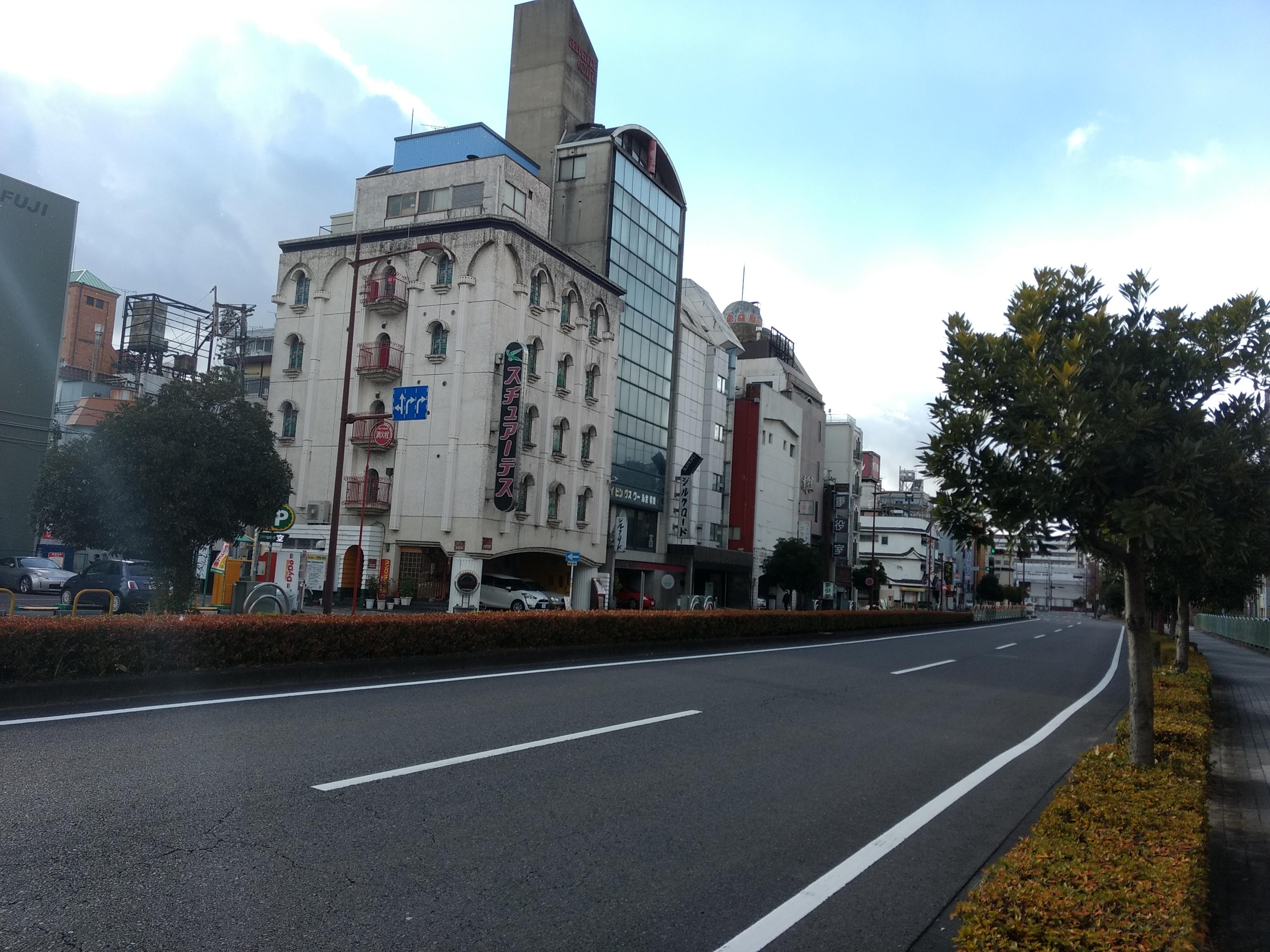 岐阜駅前の旧赤線地帯・金津園をおとずれて
