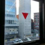 西大寺駅前の廃タワーパーキング